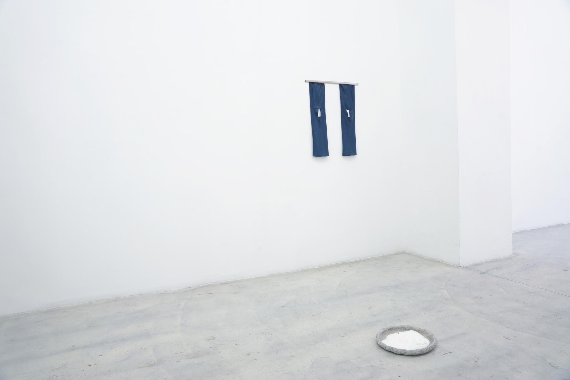 +installation_fantods_10