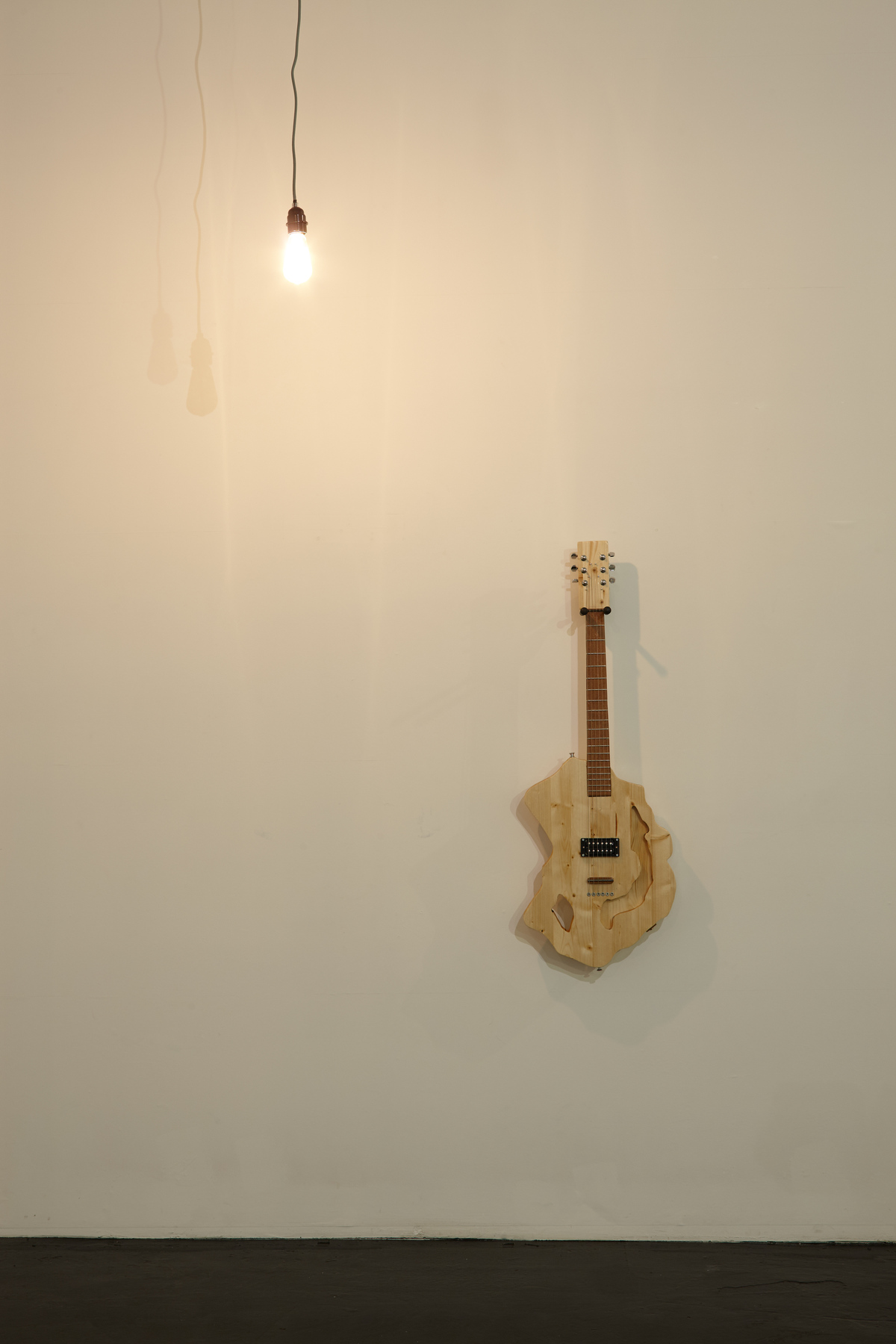 Flavio Merlo - Guitar IV, (detail) 2015