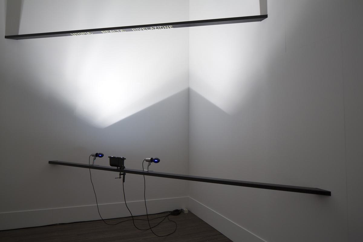 Gilberto Zorio - E¦Ç Utopia, La Realta¦Ç, E¦Ç Rivelazione (c) Kristof Vrancken