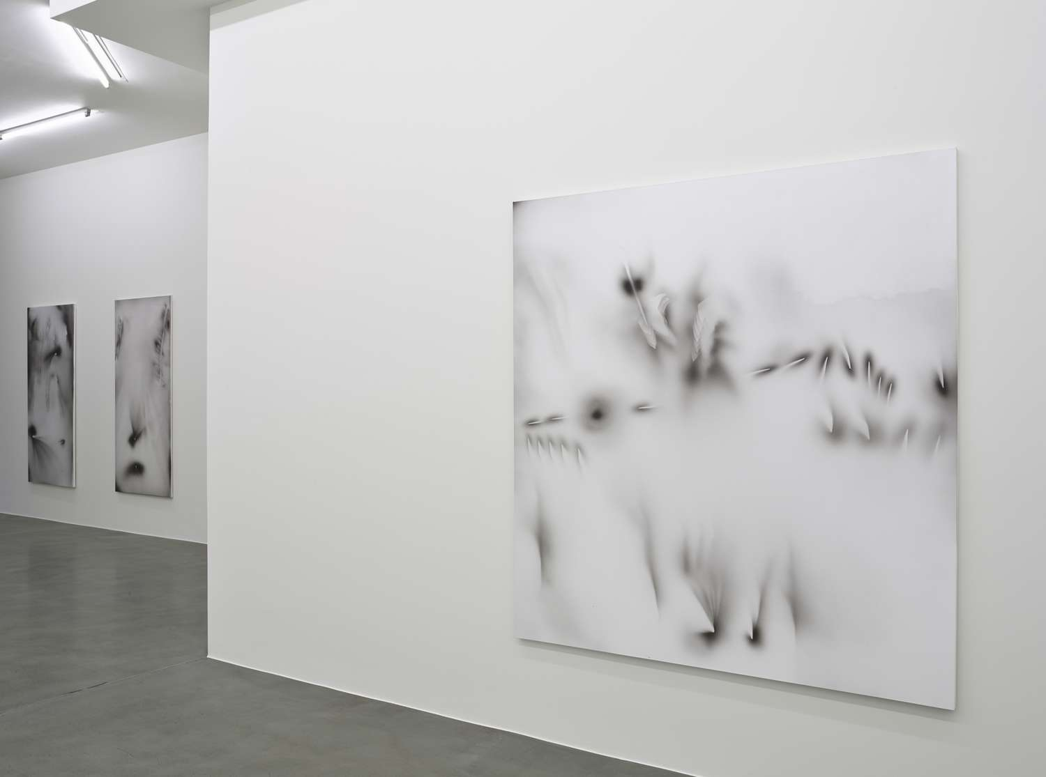 JZ_2016_SOME SCREEN MODS_Simon Lee Gallery, London_Installation View_P (8)