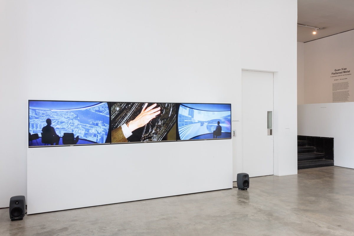 Installation view Mark-Blower-160419-Guan-Xiao-ICA-0032