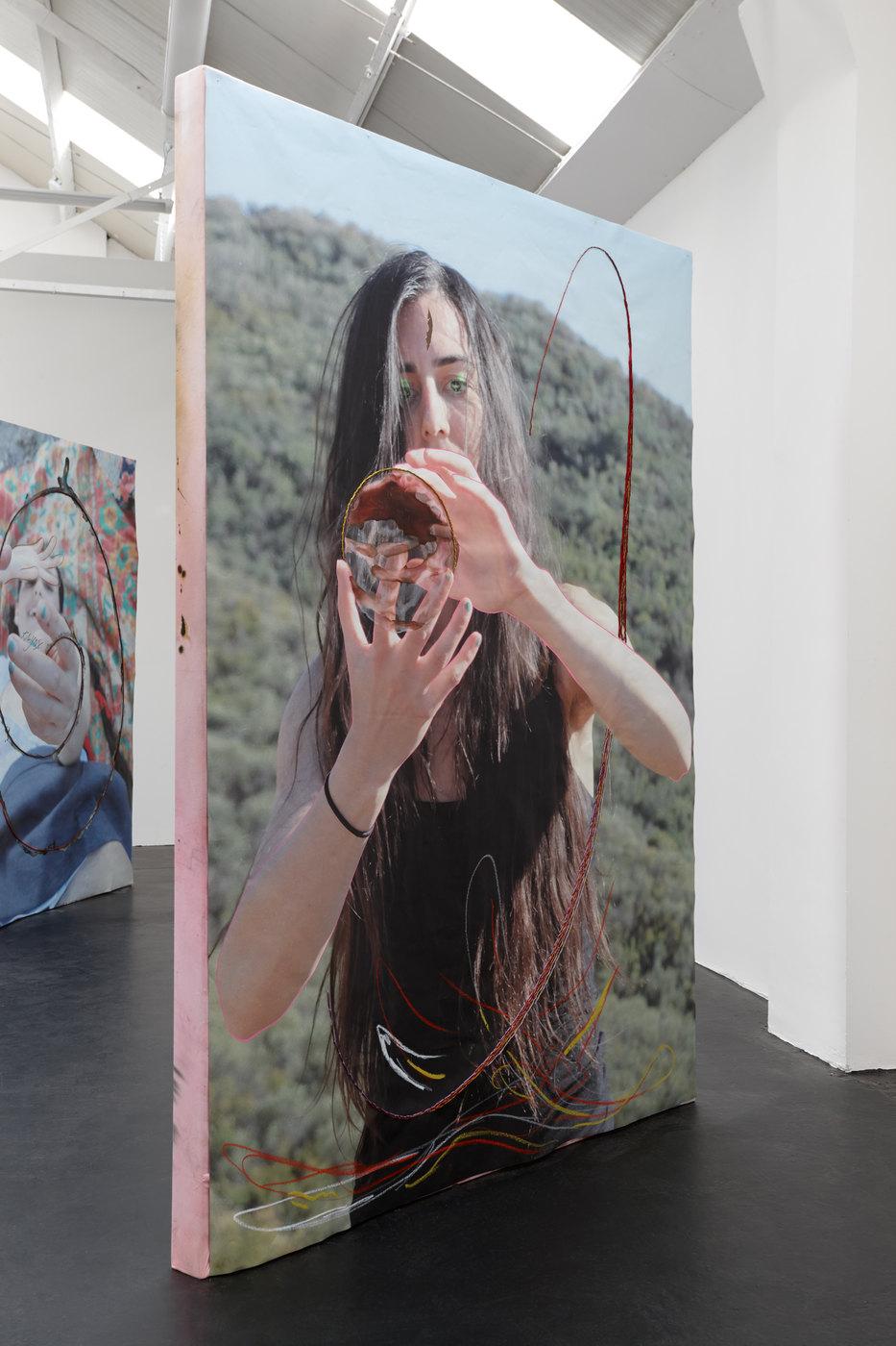 02. Nora Berman - X girl (Nora orb), 2016 (ii)