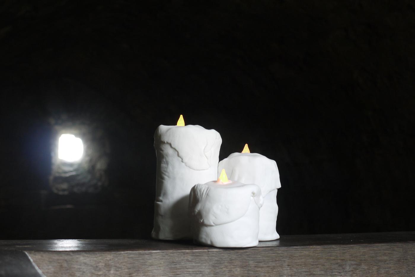 7- Cédric Fargues, Candle Cakes, 2016