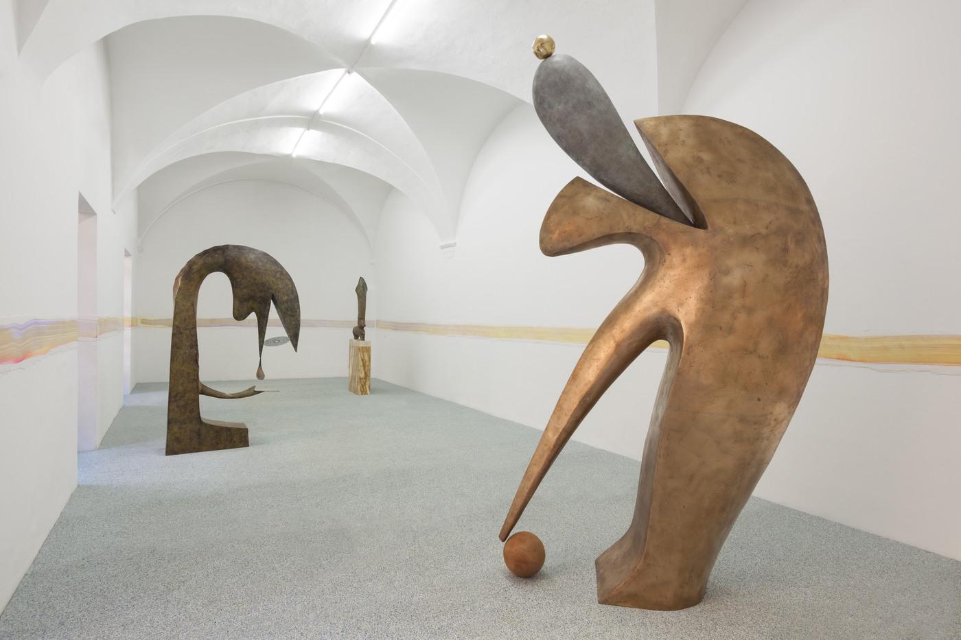 26. Camille Henrot, Monday. Installation view, Fondazione Memmo, Rome, 2016jpg