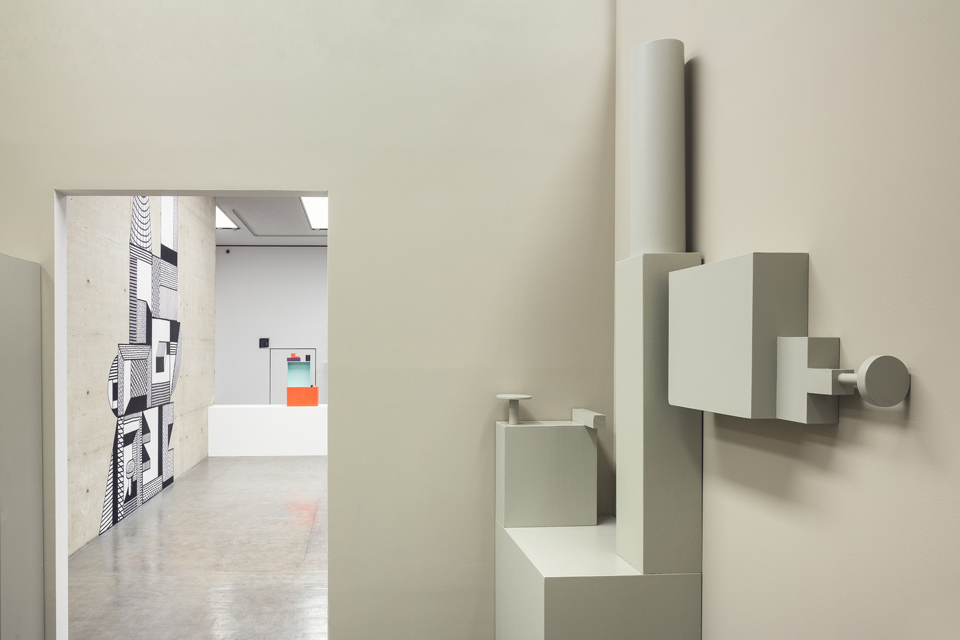 2_Ausstellungsansicht_Nathalie-Du-Pasquier_Delfino-Sisto-Legnani