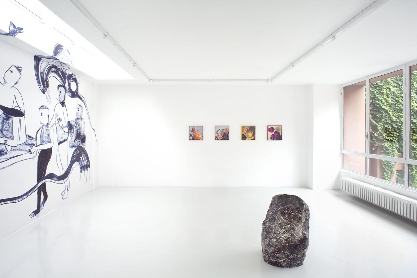 4 - Melike Kara, Talisa Lallai, Lindsay Lawson, Installation View, 2016 - Courtesy Studiolo, Milan