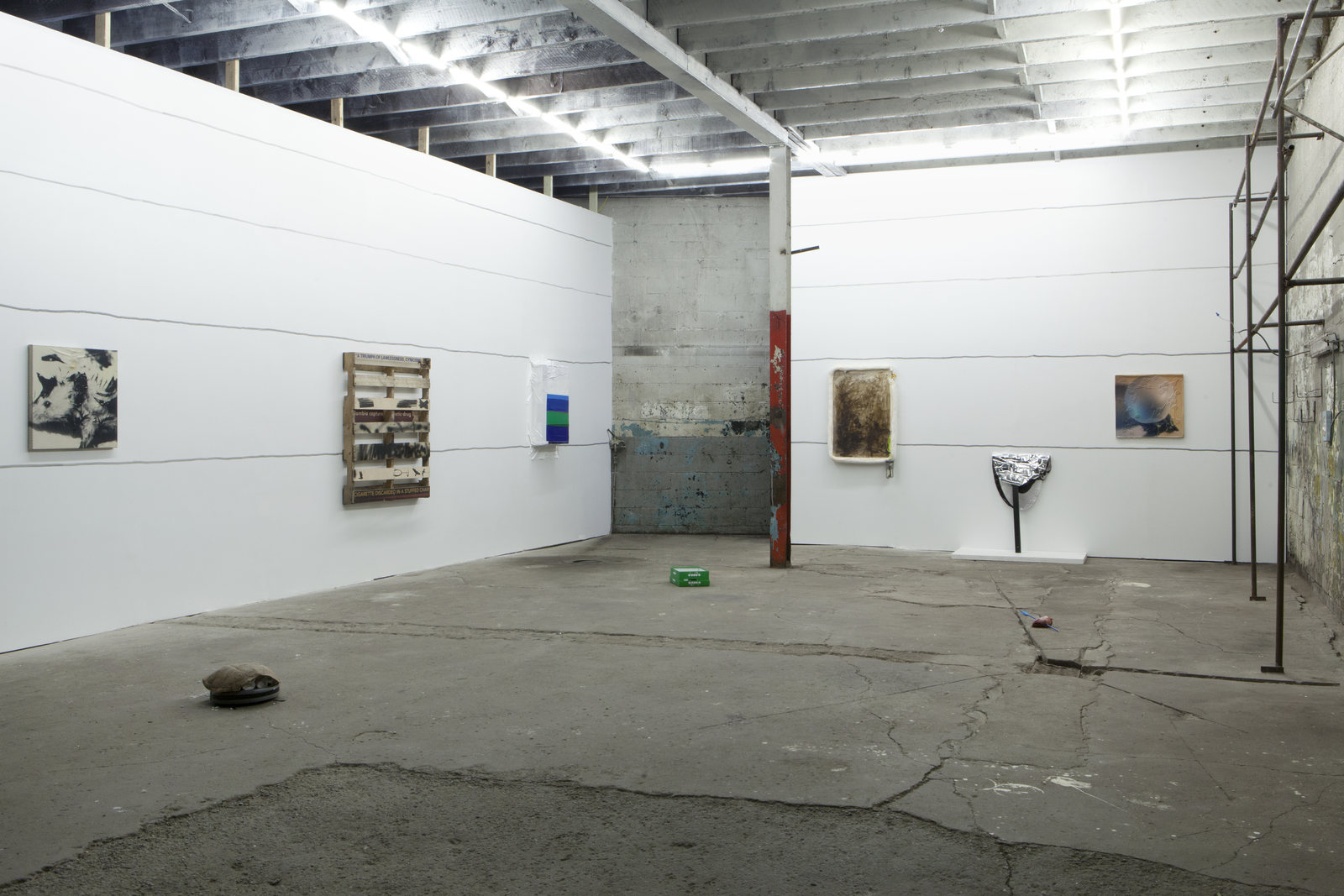 2_Installation View_1