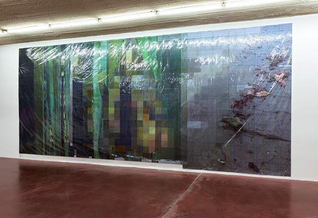 Pixel-Collage nº38, 2016, Prints, tape, transparent sheet, 367x850cm