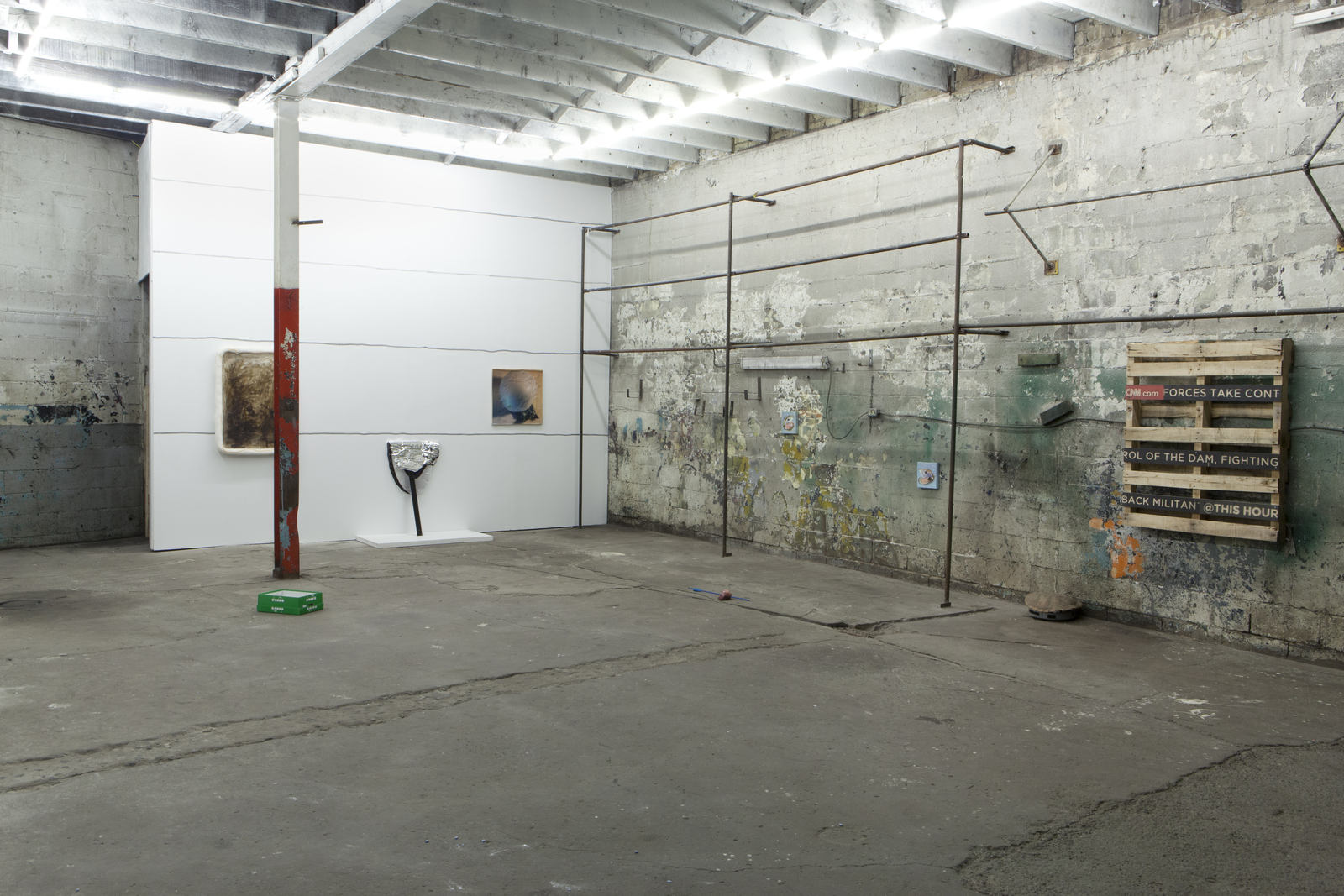 3_Installation View_2
