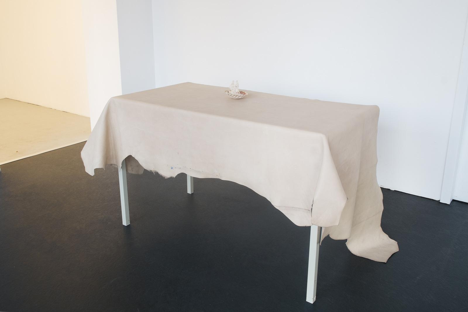 3_Sam Anderson_Desk Set_ICHTS_2016_Dortmunder Kunstverein_Foto Niklas Taleb