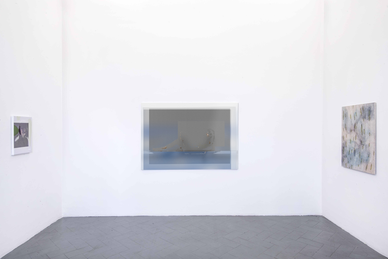 10.Installation View. Joshua Citarella, Hanna Hur. Courtesy of Eduardo secci Contemporary