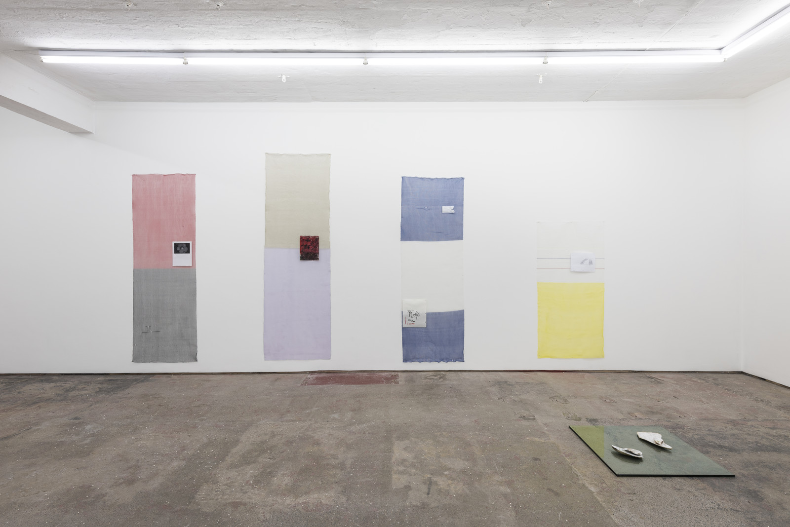 Lonesome Wife, Seventeen, Installation view 10