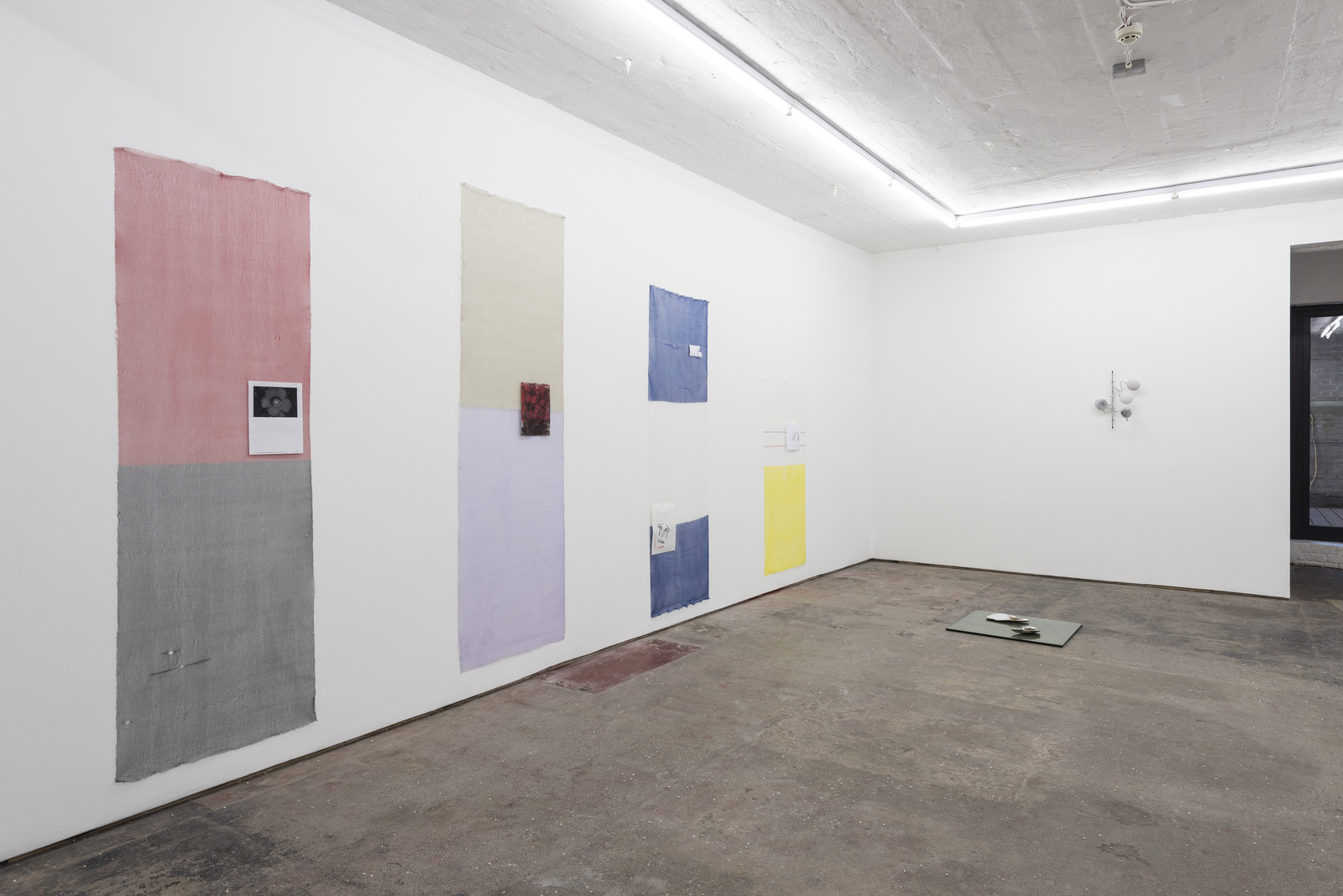 Lonesome Wife, Seventeen, Installation view 11