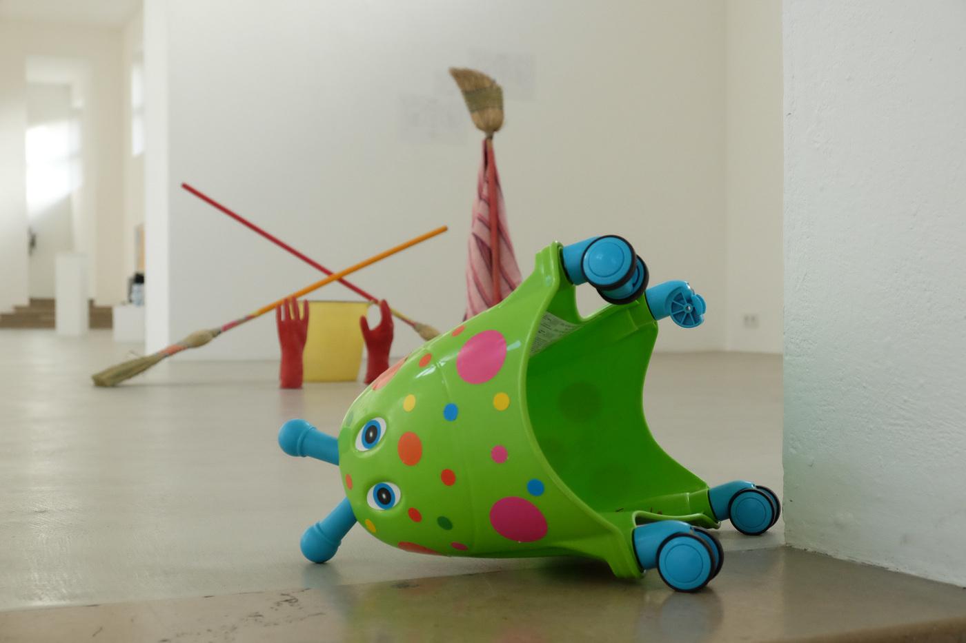 Darius Mikšys, Hayward & Tamayo, Exhibition View in Kunstverein München 2016 © Kunstverein München e.V._21