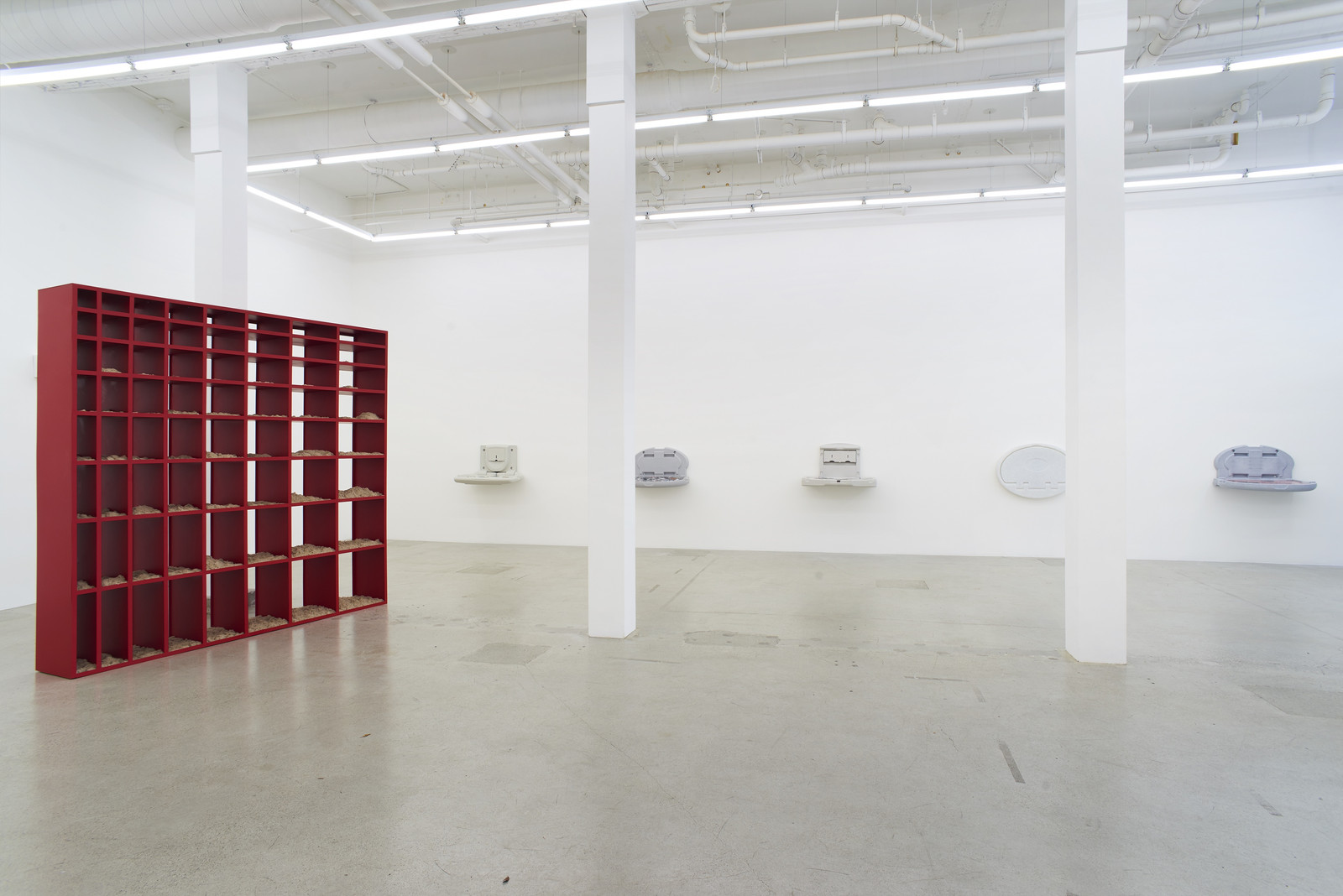 Wermers_Grundstück, 2017_Jessica Silverman Gallery_installation view_014