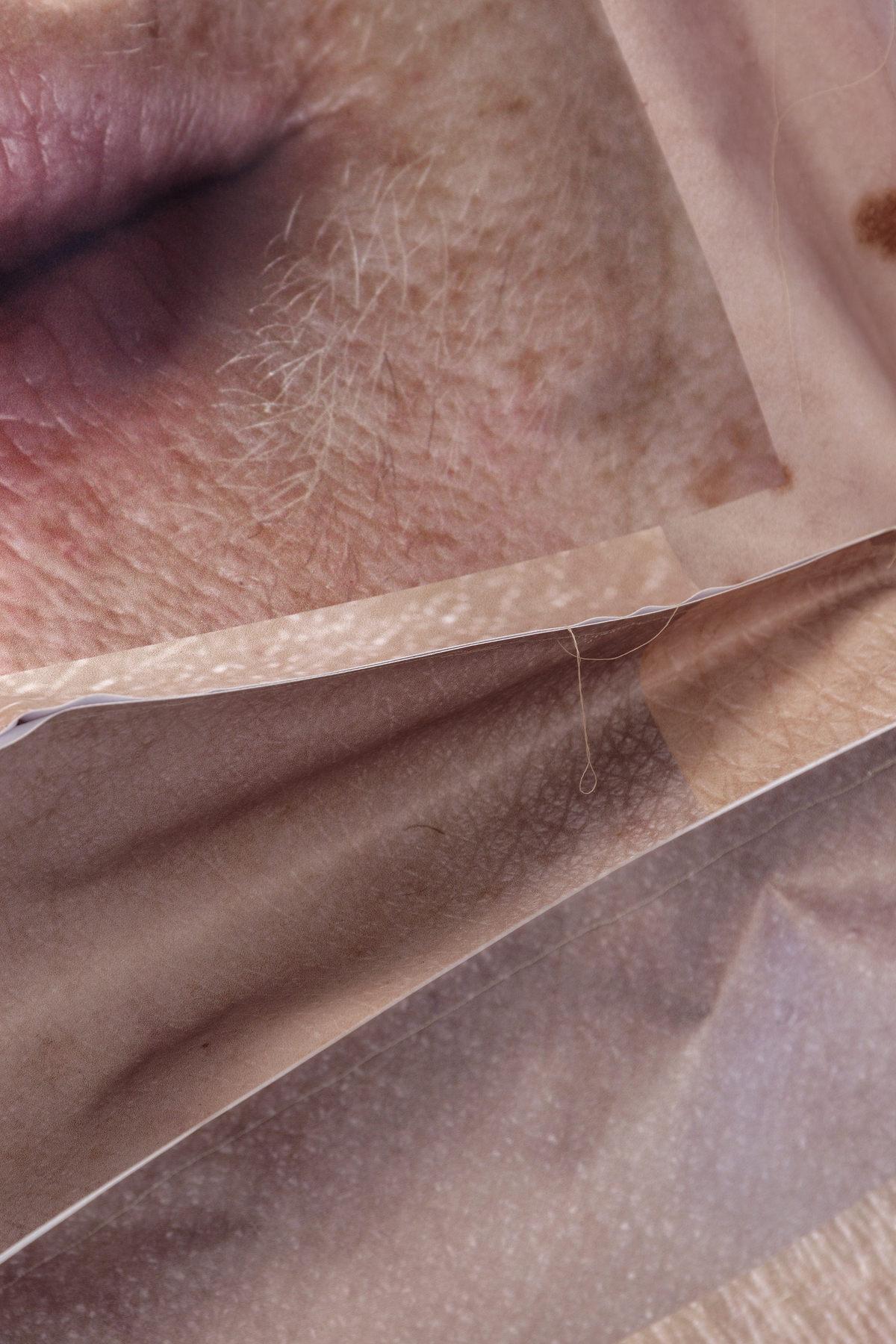 Fragments 3D close up Louise sparre