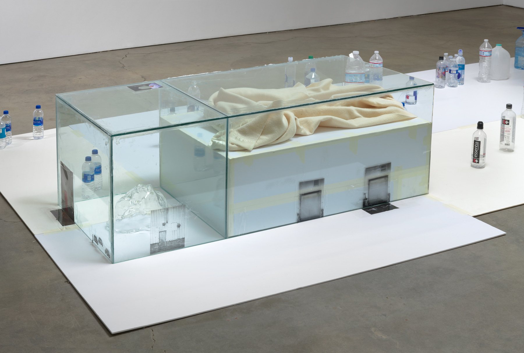 Peel at François Ghebaly – Art Viewer